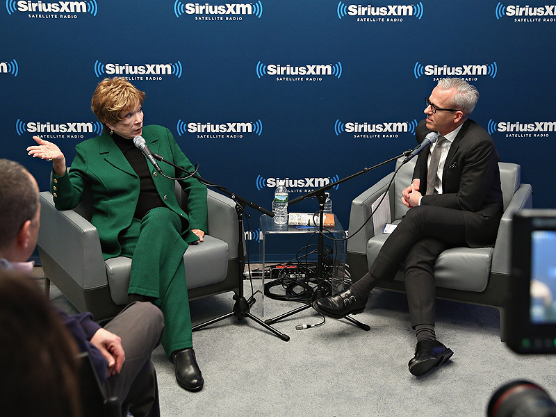 Shirley MacLaine on Why an Open Marriage Is the Only Way to Go| Marriage, Shirley MacLaine