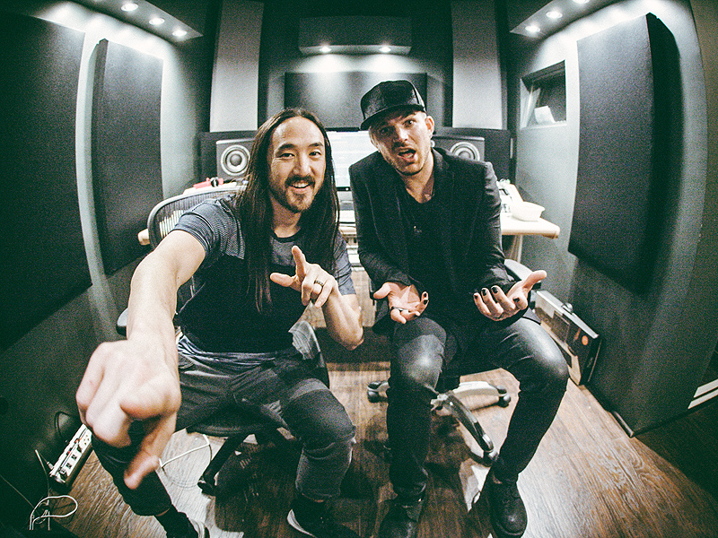 FIRST LISTEN: Steve Aoki Teams Up with Adam Lambert and Felix Jaehn on New Track 'Can't Go Home'| Music News, Adam Lambert, Steve Aoki