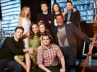 Who Bonded? Who Kissed? The Superstars of Batman v Superman Pose for PEOPLE