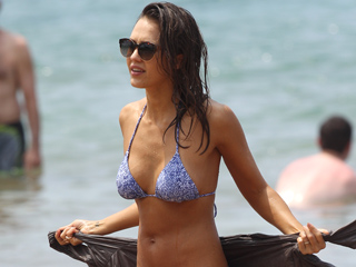 Jessica Alba Frolicks in Tiny Bikini While Enjoying a Family Getaway in Hawaii