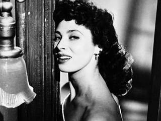 1950s Film Star Rita Gam Dies at 88