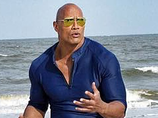 Dwayne 'The Rock' Johnson Shares First Look of Entire Baywatch Movie 'Squad'
