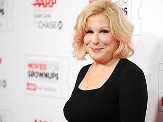 She's Back! Bette Midler Weighs in on Justin Bieber's Nude Pic: 'He Was Definitely Serving Two Hams'
