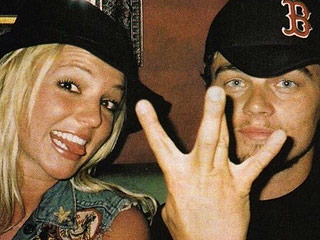 Britney Spears Wins the #TBT Game Posting Epic Snap with Leonardo DiCaprio