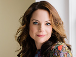 Kimberly Williams-Paisley Shares Revealing Wedding Video That Foreshadowed Mother's Dementia: 'She Was Acting Very Irrationally'
