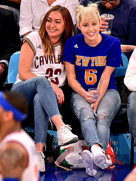 Miley Cyrus Attends Knicks Game at Madison Square Garden ...
