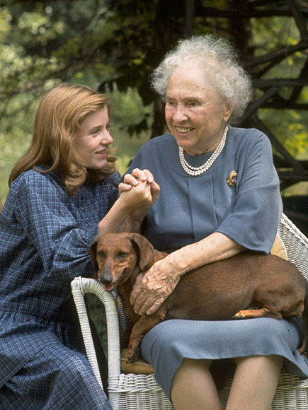 pictured patty duke meeting helen keller peoplecom