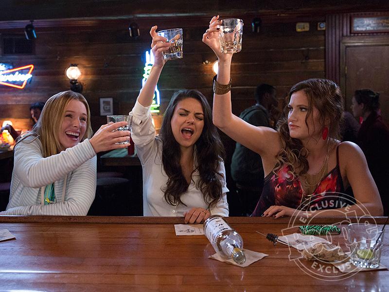 Bad Moms: Mila Kunis, Kristen Bell, Kathryn Hahn Go Wild in Sneak Peek
