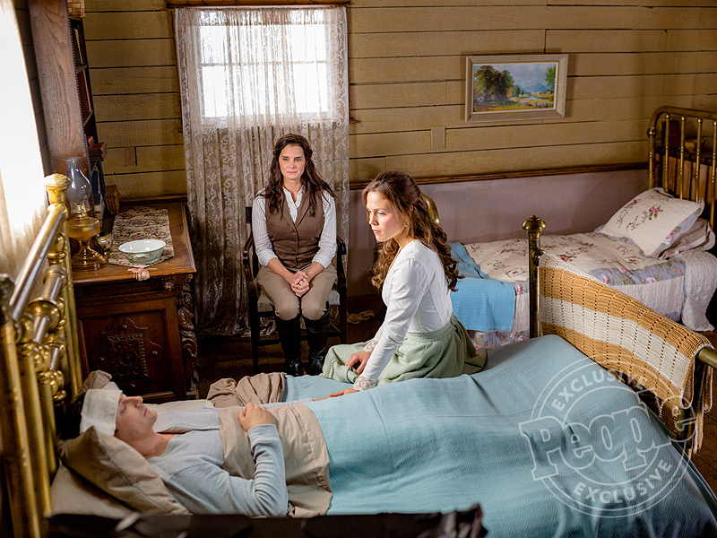 Brooke Shields Goes Full Frontier Woman in Guest Appearance on When Calls the Heart| TV News, Brooke Shields