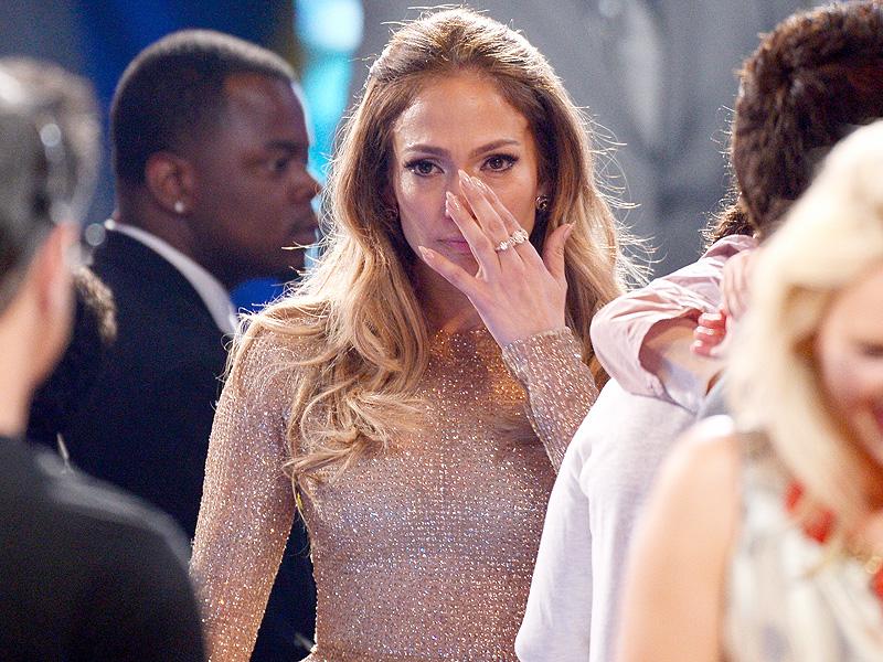 Jennifer Lopez Gets Emotional at American Idol Finale| American Idol, TV News, Jennifer Lopez