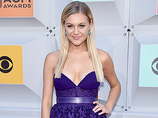 Proof Kelsea Ballerini Was the Prom Queen of the ACMs