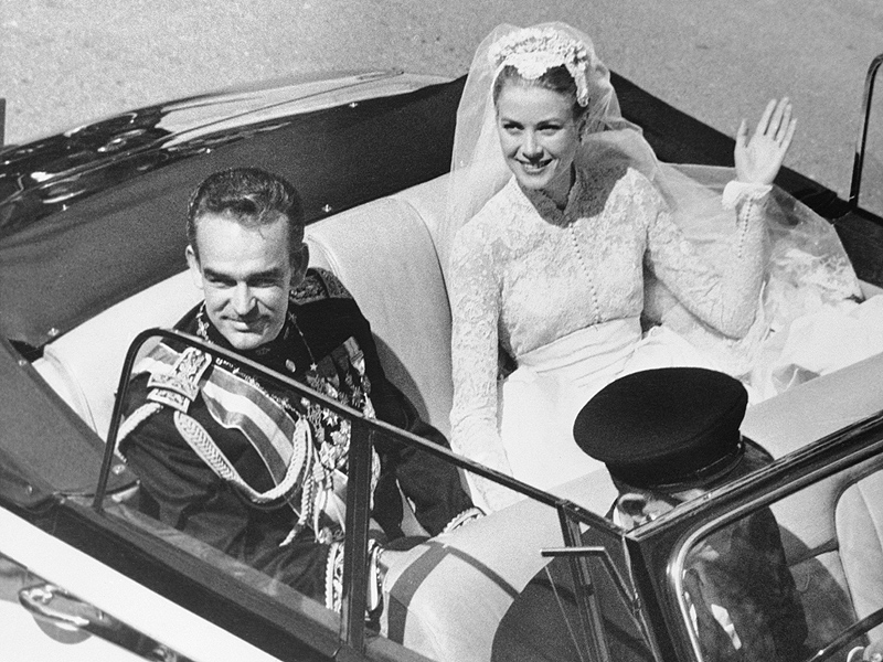 Why Princess Grace's Spectacular Wedding Tiara Wasn't Really a Tiara| The Royals, Charlene Wittstock, Grace Kelly, Prince Albert