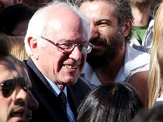 'Rome Is Berning': Bernie Sanders Is Swarmed by Supporters in Vatican City – But Doesn't Get to Meet Pope Francis