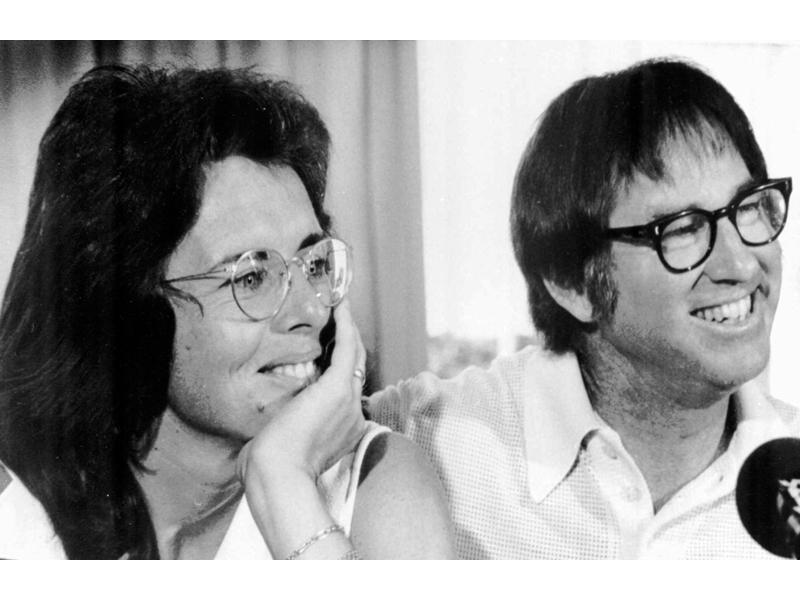 Check Out the First Official Photo of Emma Stone and Steve Carell as Billie Jean King and Bobby Riggs in Battle of the Sexes  Movie News, Emma Stone, Steve Carell