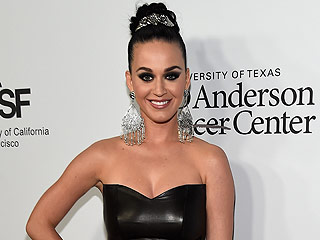 Katy Perry and Orlando Bloom Pack on the PDA at Charity Event in L.A.
