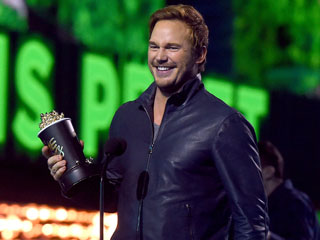 Chris Pratt Gushes About Anna Faris During MTV Movie Awards Speech: 'Our Son Was Destined to Be Tough, but Thanks to You He Will Be Smart'