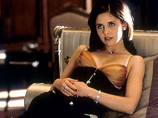 Cruel Intentions Star Dishes on Working with Sarah Michelle Gellar: 'It's Hard to Take Your Eyes off Her'