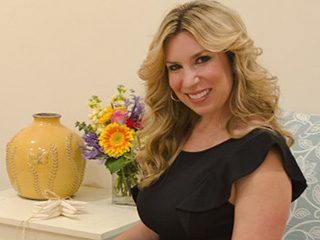 Heather Abbott, Who Lost a Leg in the Boston Marathon Bombing, Helps Provide Specialized Prosthetics to Other Amputees