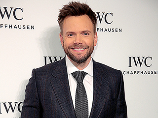 Joel McHale Donates Proceeds from North Carolina Show to the Durham LGBT Center in Protest of Controversial HB2 Law