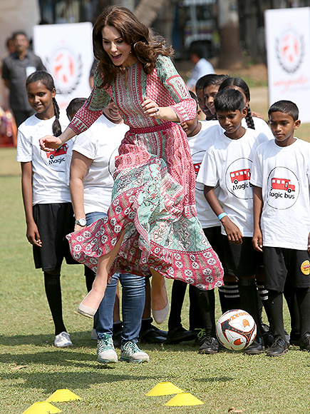'She Batted, She Fielded, She Did Everything!' – Princess Kate Plays Cricket in Sky-High Wedges| The British Royals, The Royals, Kate Middleton, Prince William