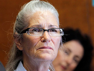 Charles Manson Follower Leslie Van Houton, 66, Should Not Be Released From Prison, Prosecutor Urges