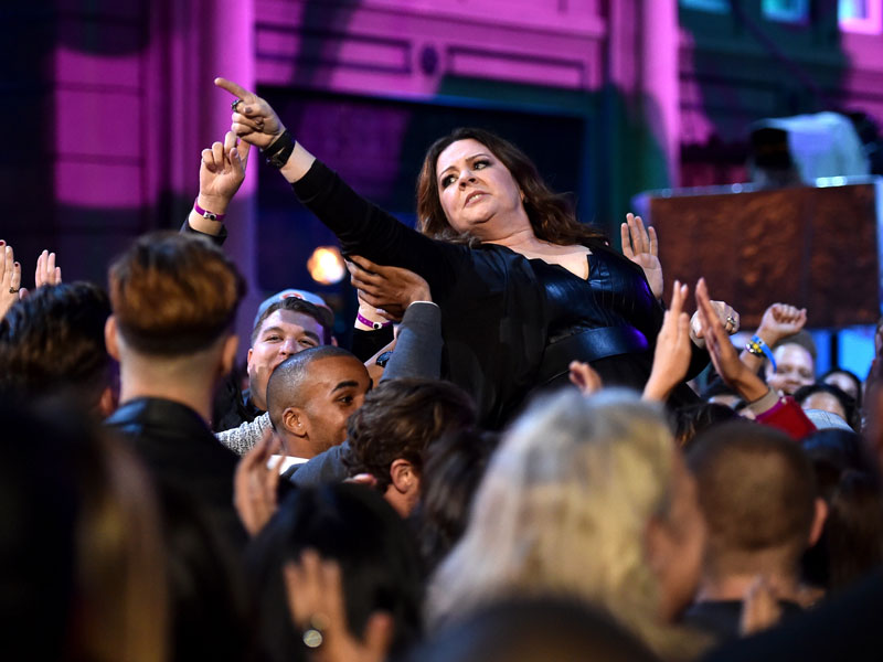 Melissa McCarthy Thanks Her Mom for Telling Her It's Okay to Not Be Likable While Winning Comedic Genius Award| MTV Movie Awards, Melissa McCarthy