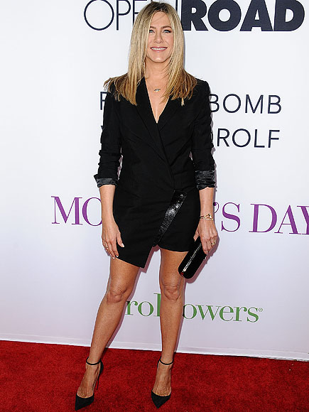 Jennifer Aniston, Julia Roberts & Shay Mitchell Step Out at Mother's Day Premiere: 'It's a Family Set'| Mother's Day, Movie News, Jennifer Aniston, Julia Roberts, Shay Mitchell