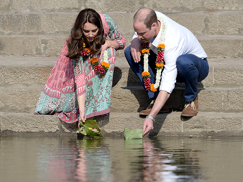 India Is For Lovers! Prince William and Princess Kate's Sweetest Royal Tour Moments So Far| The Royals, Kate Middleton, Prince William