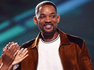 Will Smith Receives Generation Award at MTV Movie Awards, Jokes He Thought It Was 'Code for the Old-Ass Dude Award'