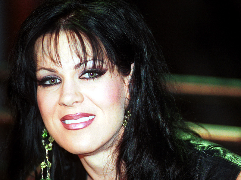 Chyna Dies at 45: Fellow Wrestlers Mourn WWE Legend – 'Shattered Glass Ceilings, Kicked Down Doors, Broke Gender Barriers'| Death, WWE Divas, Joanie Laurer