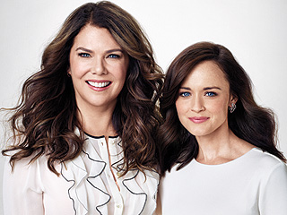 Gilmore Girls Stars Lauren Graham and Alexis Bledel Haven't Aged a Day – Here's Why