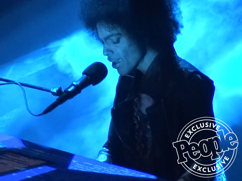 WATCH: Prince Performs Heartfelt Rendition of 'Purple Rain' for the Last Time at His Final Concert| Death, Music, Prince