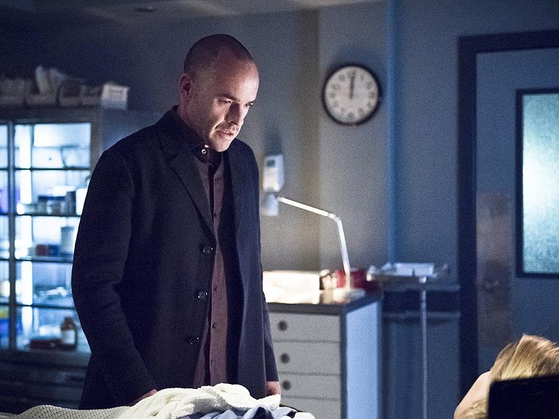 Arrow: Paul Blackthorne Talks Laurel's Death, Canary Cry