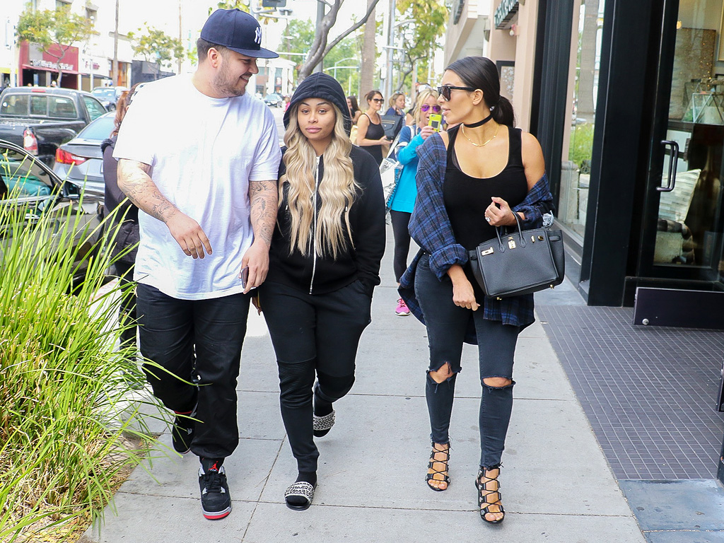 Rob Kardashian 'Always Wanted to be a Dad' as Source Says His Family 'Will Come Around No Matter What They Feel' About Blac Chyna| Engagements, Pregnancy, Keeping Up with the Kardashians, Blac Chyna, Rob Kardashian