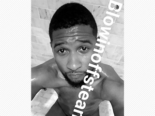 Usher Shares a Very Revealing (NSFW) Snapchat Photo – and Twitter Goes Crazy Over It!