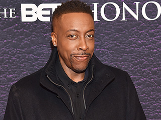 Arsenio Hall Denies Sinead O'Connor's Claims That He Supplied Drugs to Prince