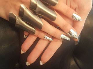 9 Bold (and Tech-Inspired) Nail Looks from the Met Gala