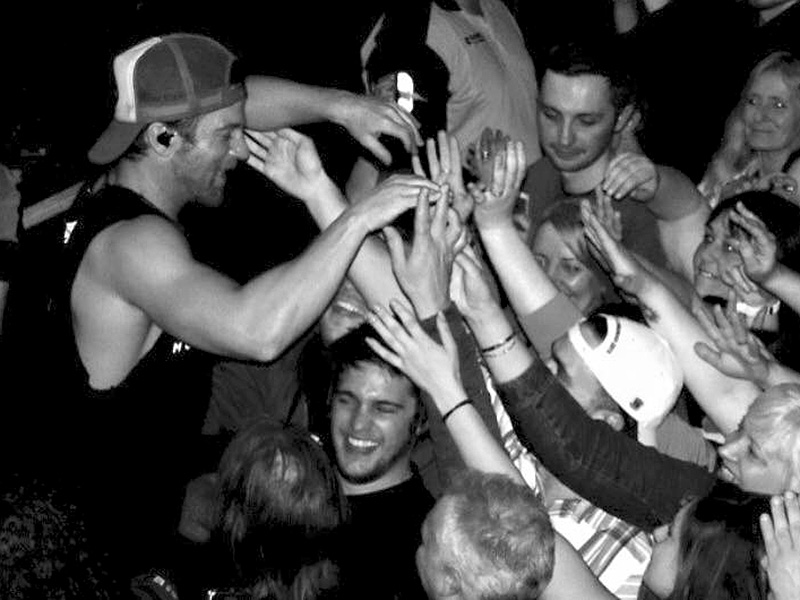 How Much Do Fans in Europe Love Kip Moore? So Much They Inspired a New Tradition for Him| Country, Music News
