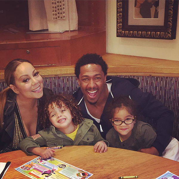 Mariah Carey and Nick Cannon with Their Twins in New Photo