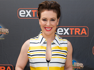 Alyssa Milano Says the Pressure to Drop 55 Lbs. of Baby Weight Was 'Self-Inflicted'