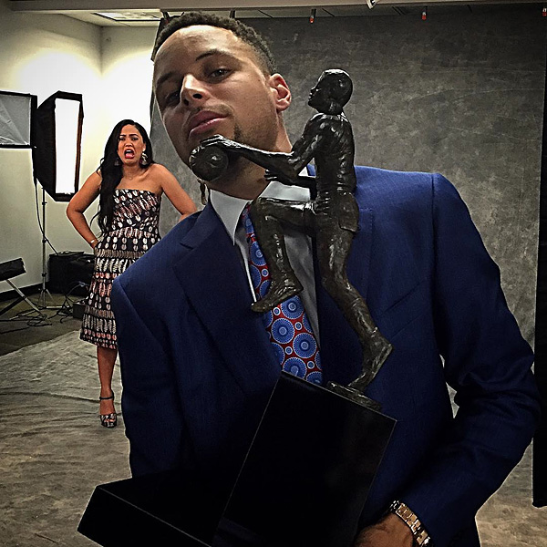 Stephen curry makes emotional tribute to his wife after being named