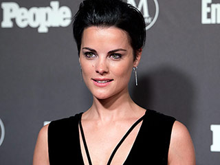 Jaimie Alexander Says Her Blindspot Tattoos Aren't Hurting Her Skin: 'If I Had That Many Bruises, the Other Person Would Be Dead'