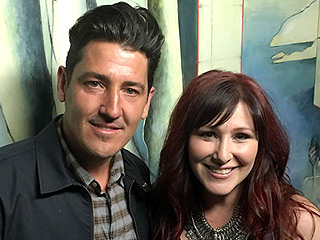 '80s Pop Star Tiffany and New Kids on the Block Singer Jonathan Knight Reunite – See the Cute Pic!