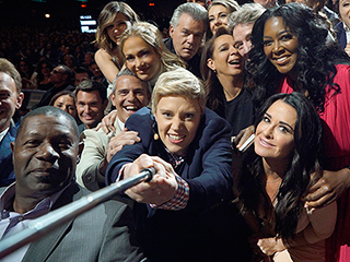 Find Out Who Is in NBC's Ellen-at-the-Oscars-Epic 2016 Upfronts Selfie