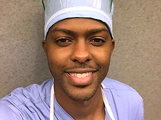 Former Shooting Victim Returns to Hospital That Saved Him – as a Doctor! 'I Wanted to Pay It Forward,' He Says