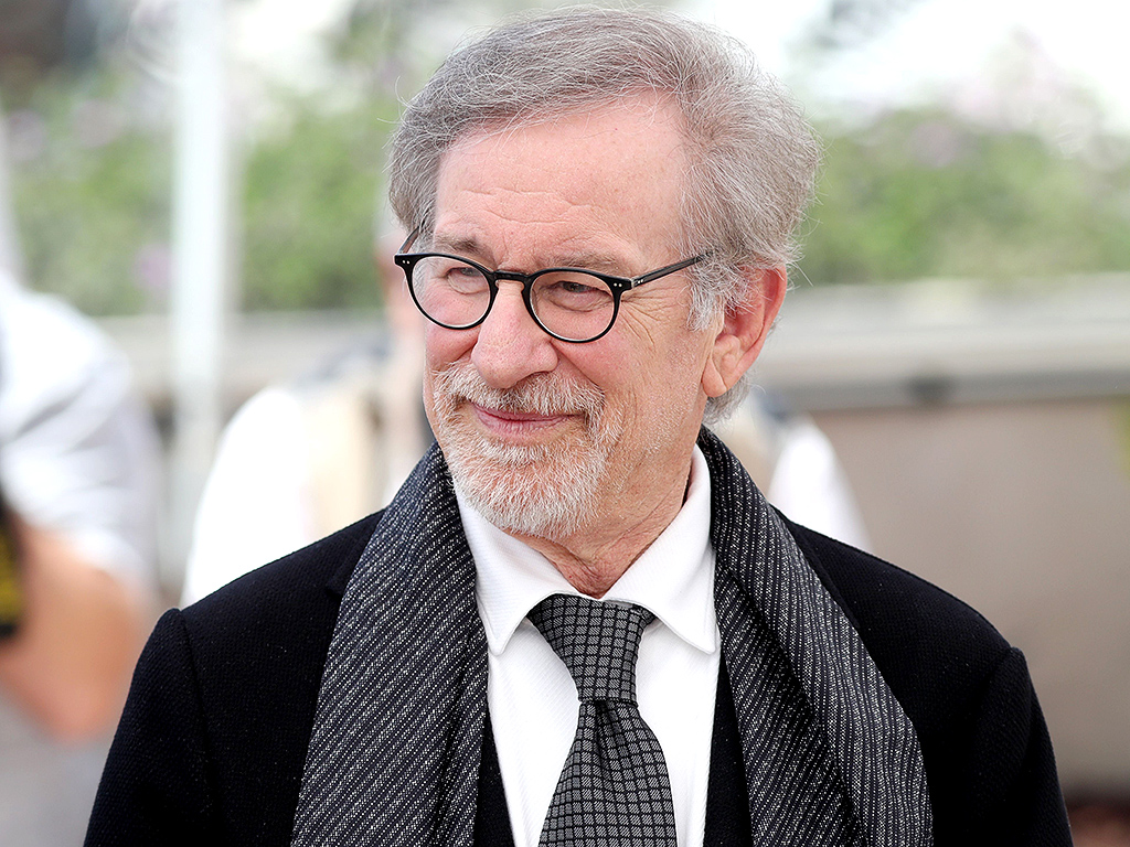 how does the director stephen spielberg 18122017 find the location of steven spielberg's star  picture producer and director, steven spielberg changed  to steven spielberg does steven.