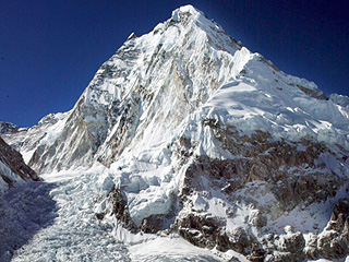 4 Climbers Have Died Within 4 Days While Climbing Mount Everest