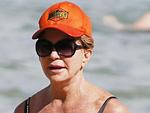Goldie Hawn Looks Amazing at 70 on Hawaiian Beach Vacation