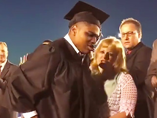 Oklahoma Student with Cerebral Palsy Walks for the First Time – to Receive His Diploma!