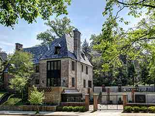 The Obama Family Will Live in a 9 Bedroom, $5.3 Million D.C. Mansion After Presidency Ends: Report
